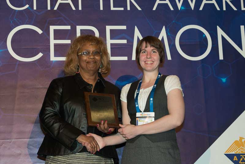 Chem Club president Amber Wilson accepts Commendable Chapter award at ACS New Orleans